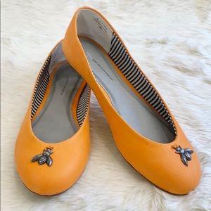 ANTHROPOLOGIE Pilcro Trinket Flats Orange Bees